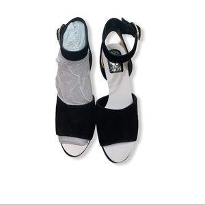 Vince Camuto black dress shoes